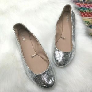 Express Silver Crackle Ballet Flats 8